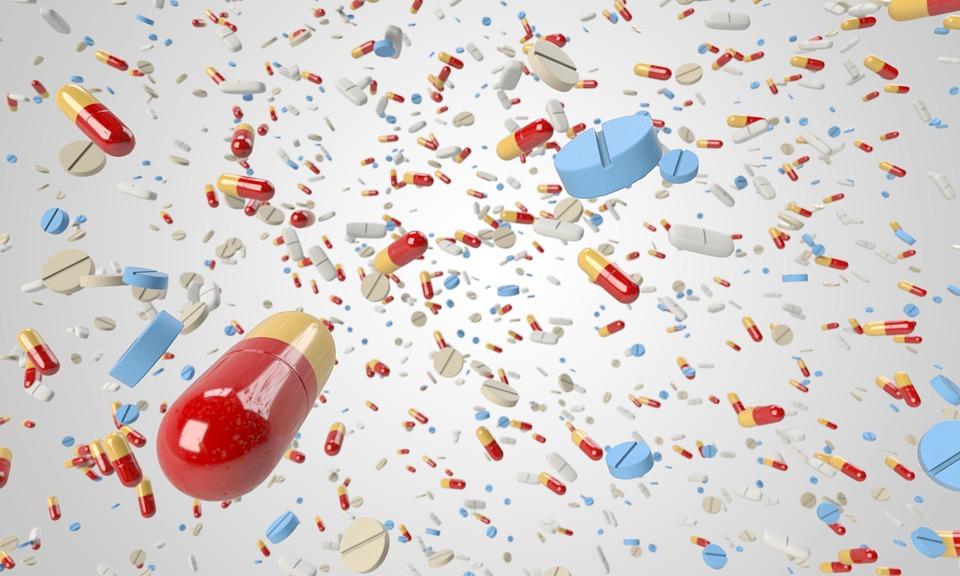 tabletky a prášky